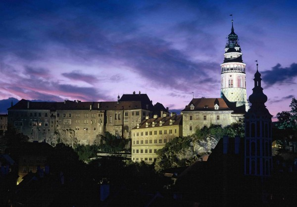 Czeski Krumlov-Castle in the Evening2