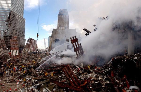 800px-NYC_WTC_site_2001-09-13