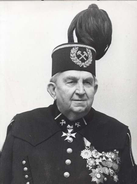 z14067249Q,General-Jerzy-Zietek