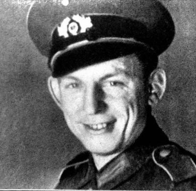 z20279526Q,Ernest-Wilimowski--Ezi--w-mundurze-Wehrmachtu--