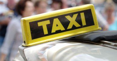 Własne auto czy taxi na Śląsku – co jest bardziej opłacalne?